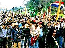Organización política en Paraguay define programa.